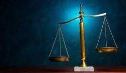 قضاوت ما نسبت به رفتار دیگران به چه چیزی بستگی دارد؟