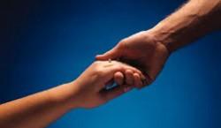 آیا همدل شدن با دیگران به معنای تواناییِ درک افکار و نیتهای آنهاست؟